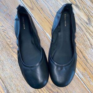 COLE HAAN black ballet flat/exc condition/11B